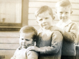 Colin, Fred (middle) and Monty Hollows as children in Palmerston, New Zealand